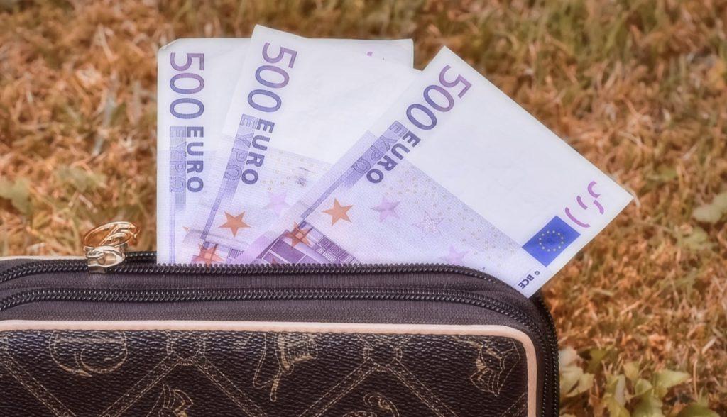 Jaki bukmacher daje bonus bez depozytu?